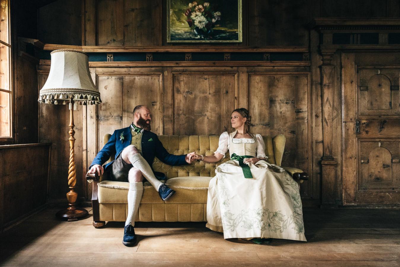 Trachtenhochzeit Portraits Schloss
